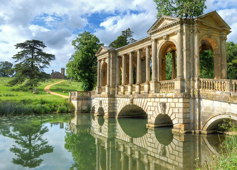 Stowe House, Buckinghamshire. Credit Baz Richardson, flickr