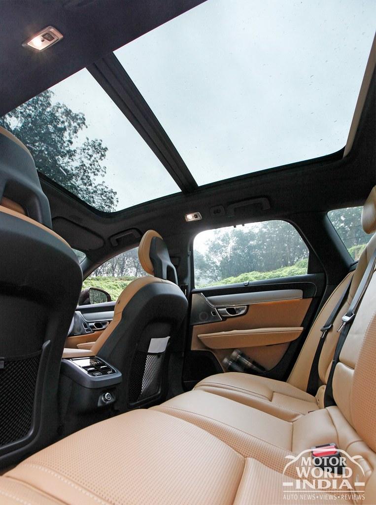 Volvo-V90-Cross-Country-Interiors (23)