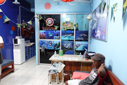 潛精靈潛水店