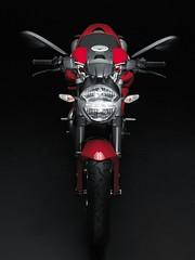 Ducati 696 MONSTER 2008 - 12