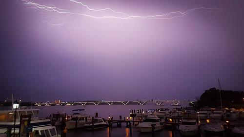 red bridge sunset lightning river usa america potomac virginia purple water alexandria harbour