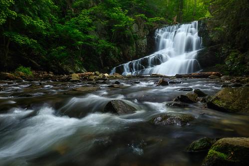 earlymorning cascades hudsonhighlands upstateny waterfall waterfalls spring water brook newyork indianbrookfalls hudsonriver garrisonny indianbrook hudsonvalley