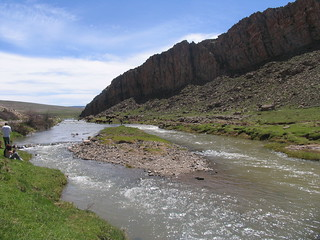 Río en Atlas, Marruecos