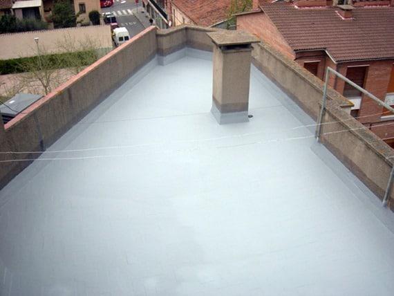 Waterproofing dengan poliuretan membran cair