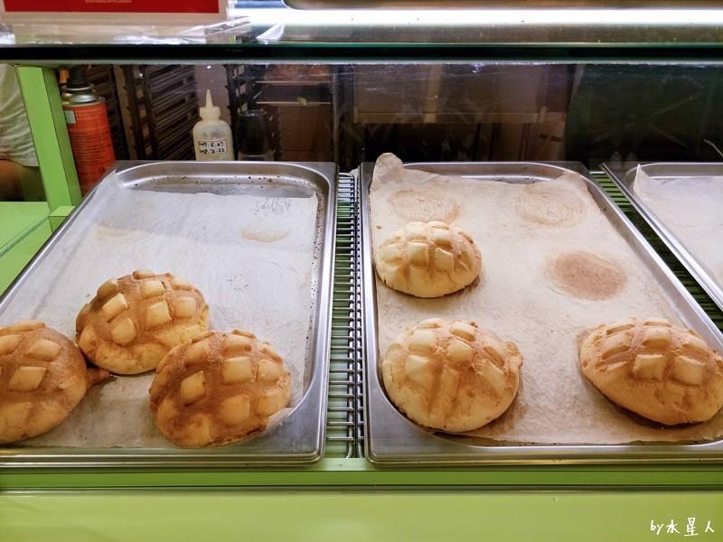 35214331606 cda6d9557c b - 台中【世界第二好吃的現烤冰淇淋菠蘿麵包】外酥內軟冰火雙享受