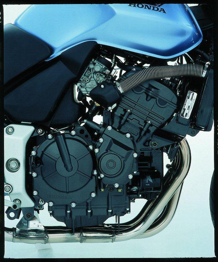 Honda CBF 600 N 2004 - 9