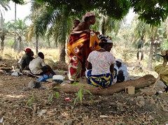Langa Langa Villagers socializing under tree shade, Langa Langa Village, Nasarawa State, Nigeria. #JujuFilms