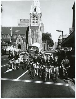 Burnside High School pupils in Colombo Street, at Gloucester Street corner, Christchurch