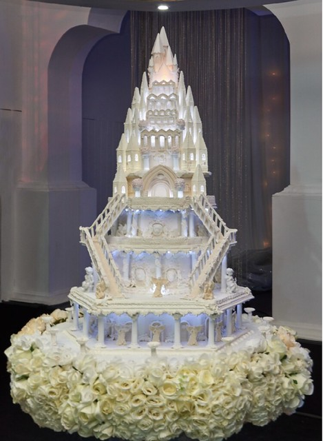And they Lived Happily Ever After Cake by Michelle Sohan of BAKERY TREATZ