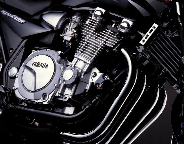 Yamaha XJR 1300 2000 - 14