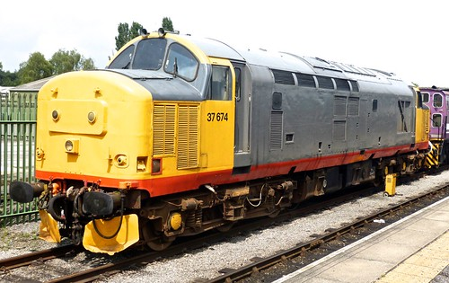 37674 'British Rail' Railfreight liveried Class 37 on 'Dennis Basford's railsroadsrunways.blogspot.co.uk'
