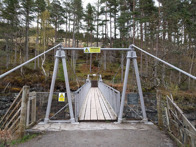 swinging bridge capacity