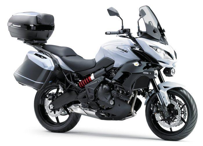 kawasaki versys 650 grand tourer 2017 galerie moto motoplanete. Black Bedroom Furniture Sets. Home Design Ideas