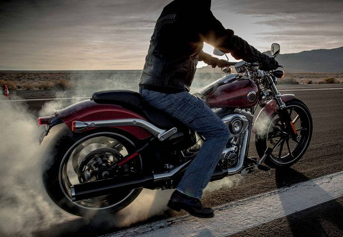 Harley-Davidson 1690 SOFTAIL BREAKOUT FXSB 2013 - 2