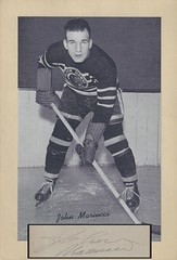 1934-44 NHL Beehive Hockey Photo / Group I - JOHN MARIUCCI (Defence) (Hockey Hall of Fame 1985) (b. 8 May 1916 - d. 23 March 1987 at age 70) - Autographed Hockey Card / Cut (Chicago Black Hawks) (#68)