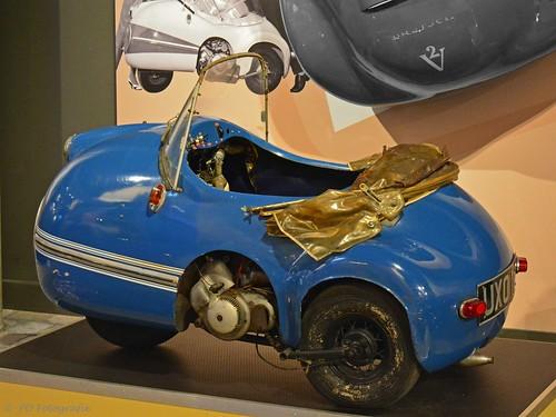 mopetta brütsch egon stuttgart deutschland germany moped motor engine threewheeler roadster fibreglass dwerg auto micro car blue 3 wheeler driewieler cabrio cabriolet open po fotografie nikon d7100