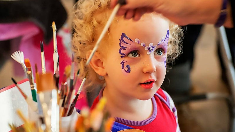 Celebrates Children's day carnival & buffet at Grand Mercure Danang 2