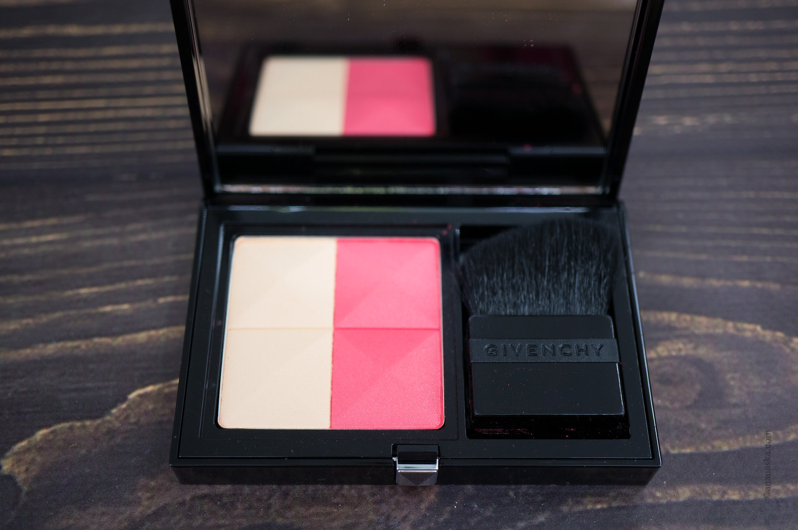 Givenchy Prisme Blush 01 Passion