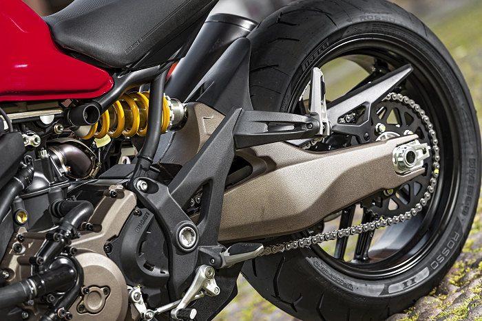 Ducati 821 Monster 2014 - 25