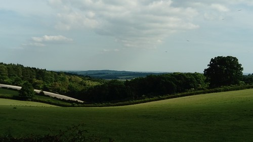 Thames Valley, from near Roundhouse Farm