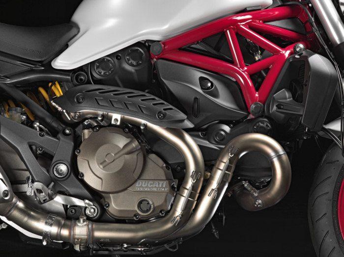 Ducati 821 Monster 2014 - 10