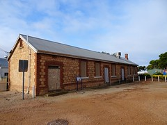 Port Wakefield. The former railway station refreshment rooms built around 1880. A rail line went from Port Wakefield to Hoyleton in 1871. In 1878  a line connected it to Kadina.
