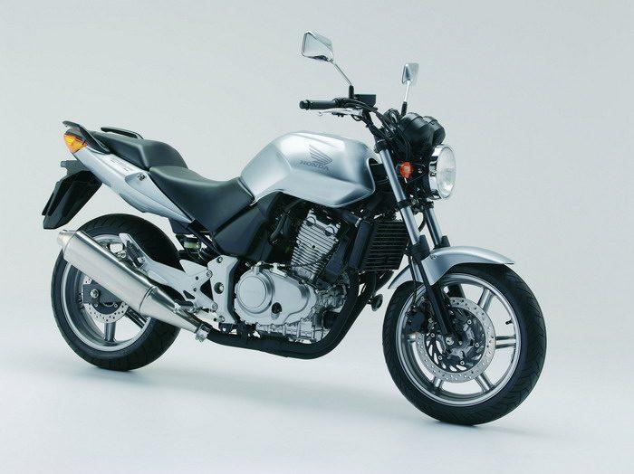 Honda CBF 500 2004 - 19