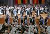 Veilchenblaue Augen ist ein Lied das alle Banatschwäbischen Trachtengruppen in ihrem Tanz-Repertoire führen