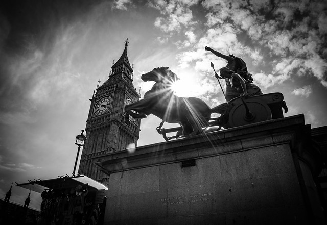 Queen Of London by Simon & His Camera