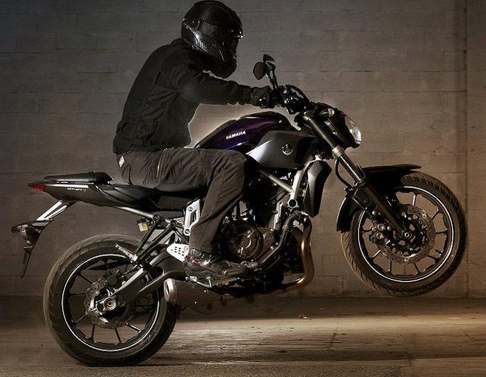 Yamaha MT-07 700 2015 - 15