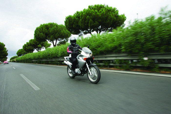 Honda 125 VARADERO XLV 2004 - 24