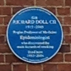 Photo of Richard Doll blue plaque