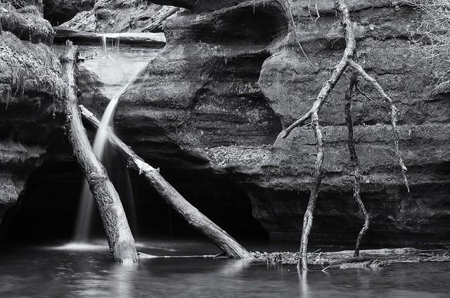 Waterfall in Kaskaskia Canyon, Pentax K-5, smc PENTAX-FA 50mm F1.4