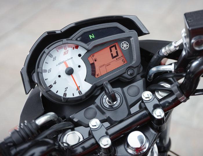 Yamaha YS 125 2019 - 16