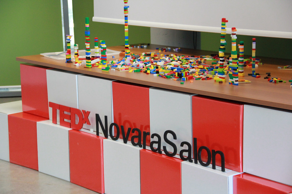 TEDxNovaraSalon Start Me Up