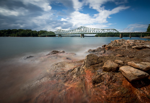 10stopneutraldensityfilter 15mm americansouth brownsbridge canoneos5dmkiv carlzeiss cothronphotography distagon1528ze dixie gainesville georgia hallcounty johncothron lakelanier leebigstopper leefiltersystem southatlanticstates southernregion thesouth us usa unitedstatesofamerica zeissdistagont2815mmze afternoonlight lakeshore landscape longexposure lowwaterlevel outdoor outside rock scenic spring stormyweather img17581170618 ©johncothron2017 stormyshores