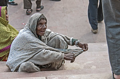 INDIA8337/ HUNGRY.............