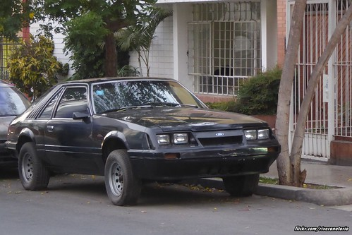 Ford Mustang - Lima, Perú