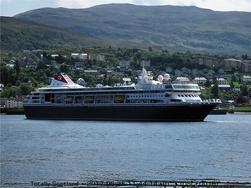 Fort William cruise ships & boats