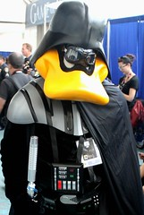 2016-Fan Dressed Up as Star Wars Darth Duck at SDCC-03