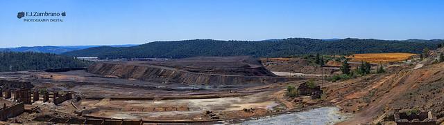 Mining Remains Rio Tinto, Sony SLT-A77V, Sony DT 16-50mm F2.8 SSM (SAL1650)