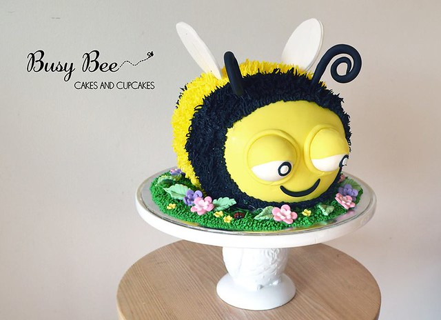 Cake by Busy Bee Cakes and Cupcakes