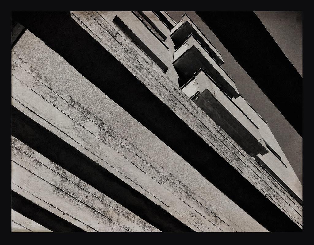 Akademie der Künste Balkone BW
