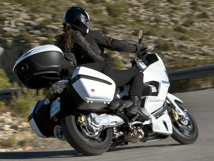 Moto-Guzzi NORGE 1200 GT 8V 2011 - 8