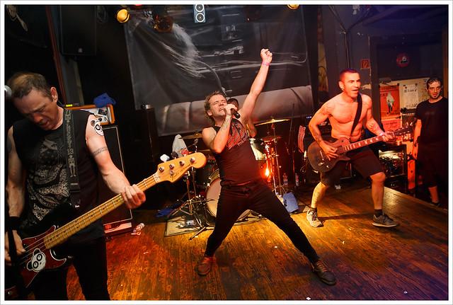 Lendakaris Muertos @ Clash