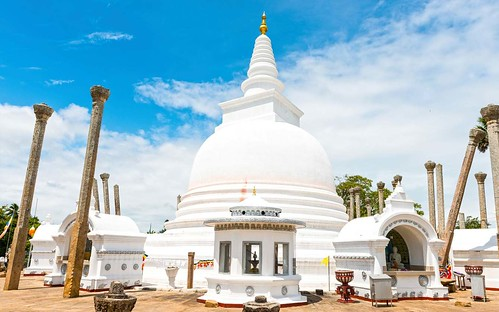 journey-to-the-ancient-city-of-anuradhapura-tours-in-sri-lanka.jpg.1340x0_default