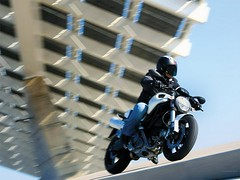 Ducati 696 MONSTER 2008 - 40