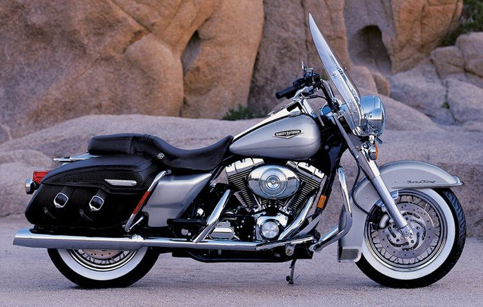 Harley-Davidson 1584 ROAD KING CLASSIC FLHRCI 2007 - 3
