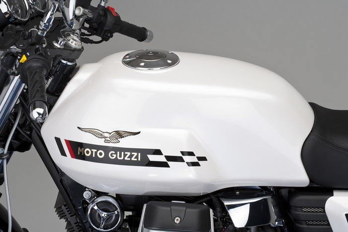 Moto-Guzzi V7 750 Cafe Classic 2010 - 5