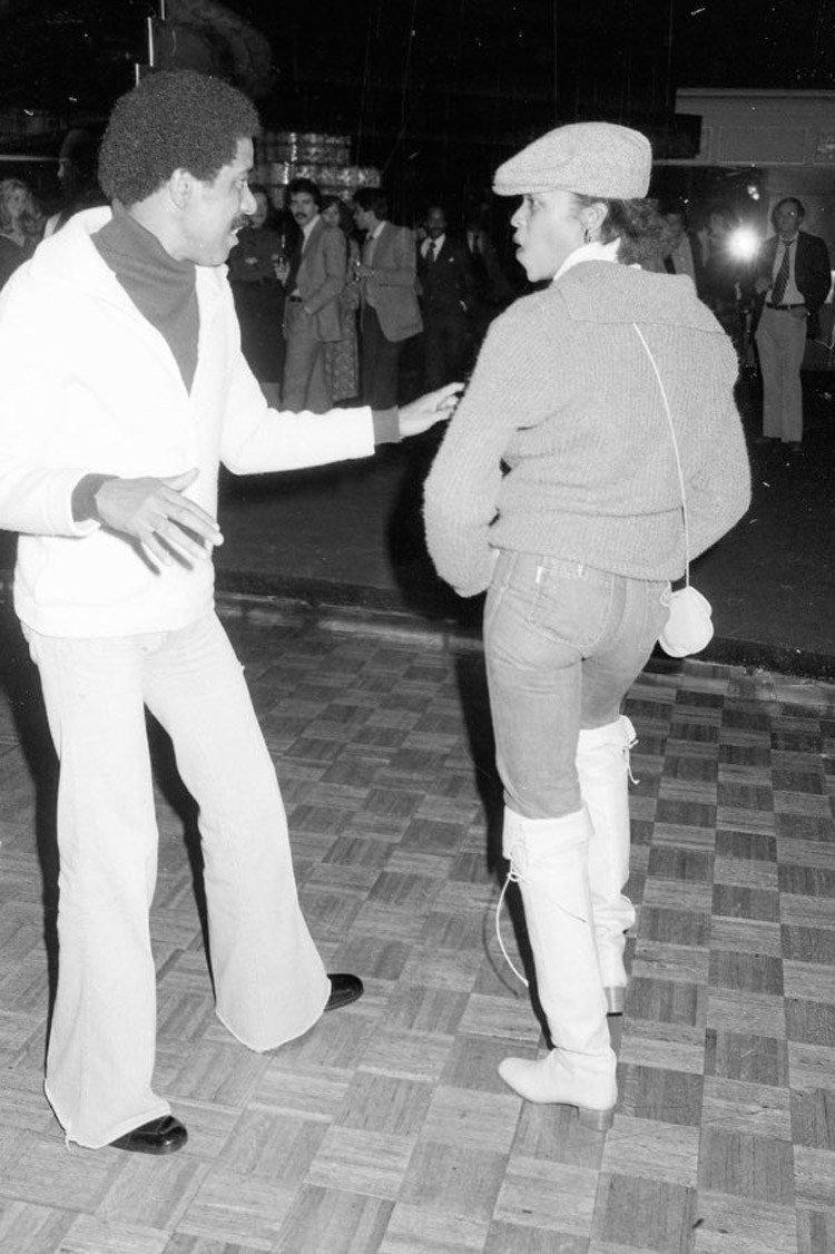 70年代美國紐約傳奇夜店「Studio 54」,政商名流性解放、嬉皮爆棚的 Disco 盛世32